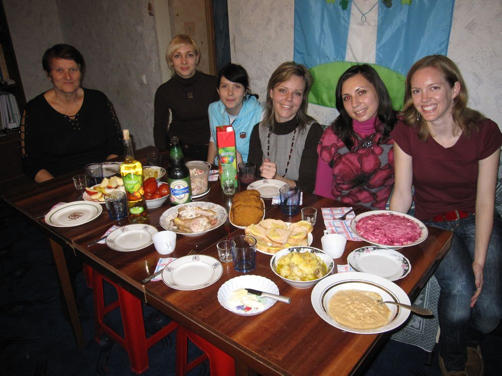 Valentina, Tanya, Vika, Olya, and Luda joined us for their first Thanksgiving dinner!